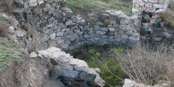 GALAŢI: Rezervaţia Arheologică