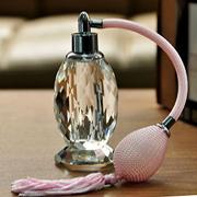 O invenţie pe zi: Parfumul