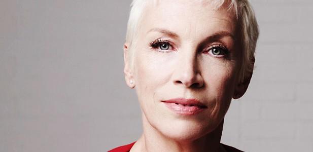 Cântăreaţa britanică Annie Lennox a aniversat 60 de ani