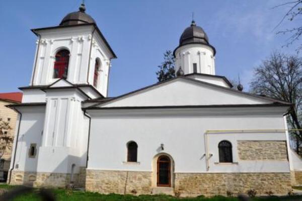 Biserica-armeneasca-Bt