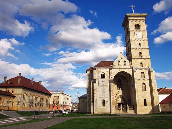 Catedrala-Sf.Mihail-Alba