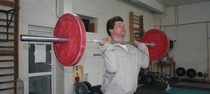 Constantin Urdaş, antrenorul român cu cele mai mari performanţe la haltere femei