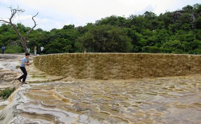 Hierve el Agua3