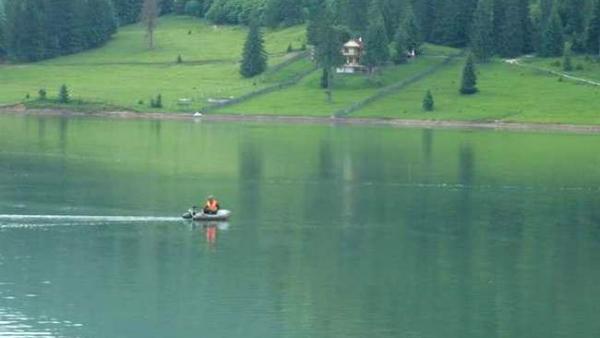 Lacul-Colibita3