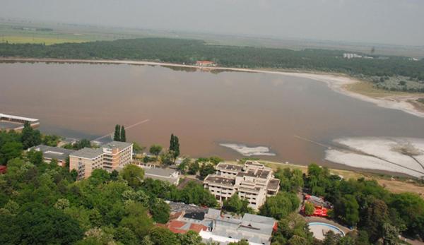 Lacul Sarat2