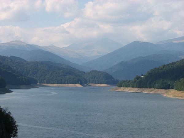 Lacul-Vidraru