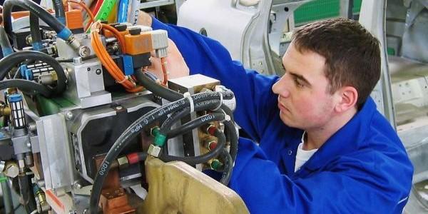 Companiile bistriţene Leoni şi Rombat fac diferenţa în industria auto