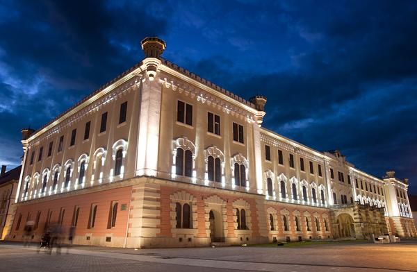 Muzeul_unirii-Alba-Iulia