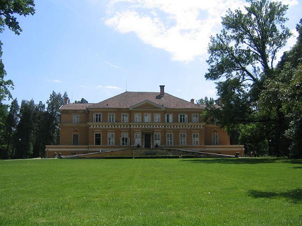 Savarsin-Castel1