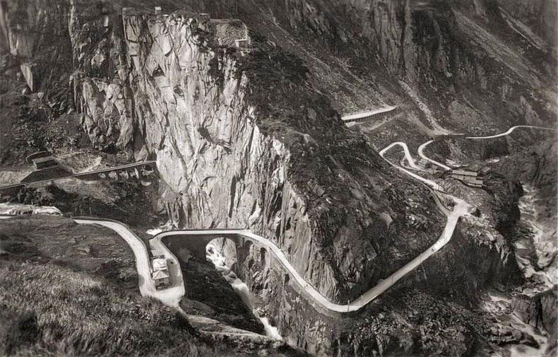 Teufelsbrücke3