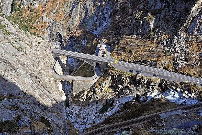 Teufelsbrücke8