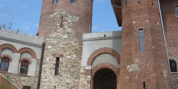 BUCUREŞTI: Castelul Vlad Ţepeş