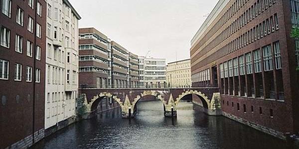 Oraşul european cu cele mai multe poduri
