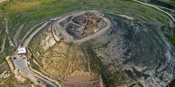 Herodium: Palatul şi mormântul regelui Irod