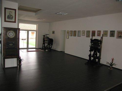 Muzeul-presei6