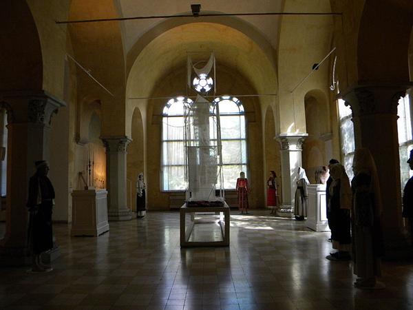 Muzeul-taranului-roman6