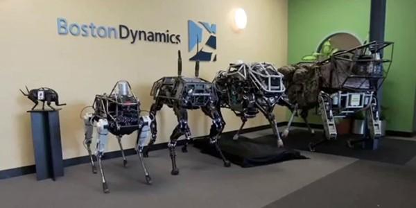"""Google prezintă Spot – """"câinele robot"""" pentru teren accidentat"""