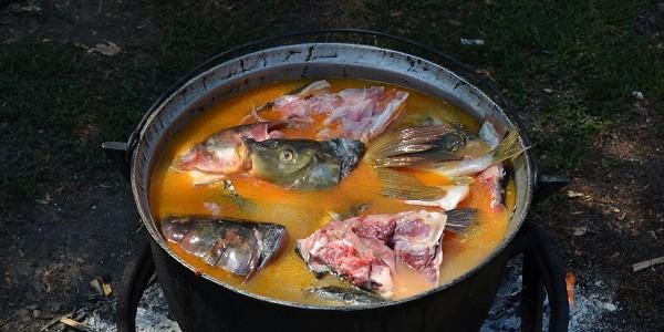 Moştenirea culinară a lipovenilor – reţete păstrate neîntinate de sute de ani