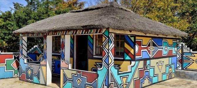 Casele pictate ale populaţiei ndebele din Africa