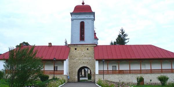 BUZĂU: Mănăstirea Ciolanu