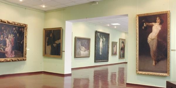 MUREŞ: Muzeul Judeţean are peste 2.400 de picturi