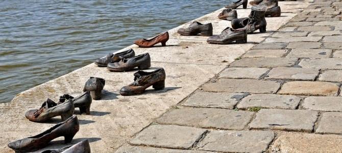 Pantofii de pe Faleza Dunării