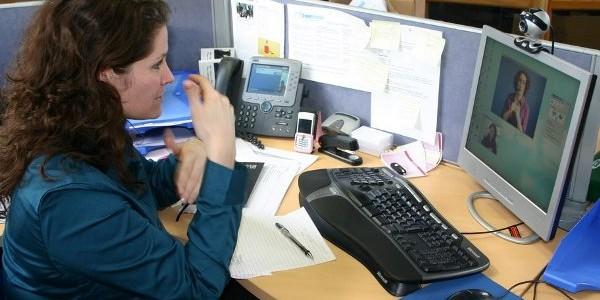 Pachete de servicii telecom pentru persoanele cu dizabilităţi
