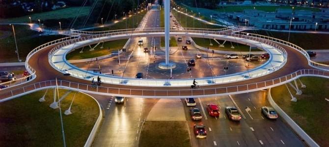 Hovenring, podul circular plutitor din Eindhoven