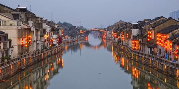 Marele Canal din China, 1.800 km de îndiguire navigabilă
