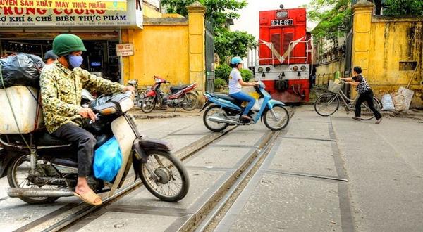cale-ferata-Hanoi-10
