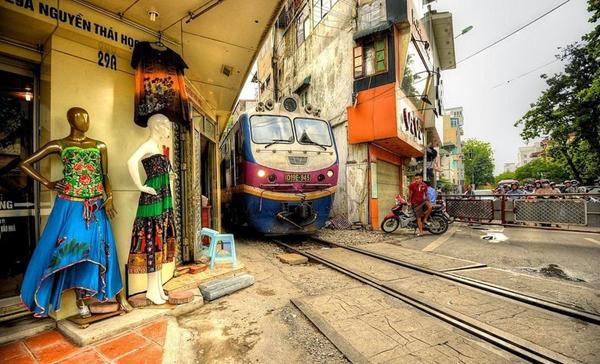 cale-ferata-Hanoi-11
