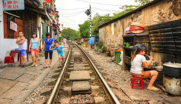 cale-ferata-Hanoi-12