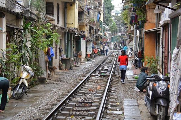 cale-ferata-Hanoi-15