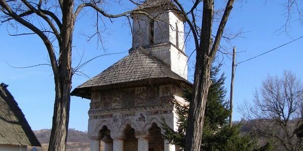 Mănăstirea Pleşeşti şi legenda blestemelor haiducului Dragu
