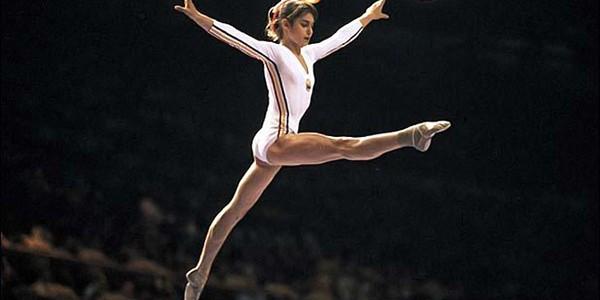 NADIA COMĂNECI: Prima notă de 10 din istoria gimnasticii