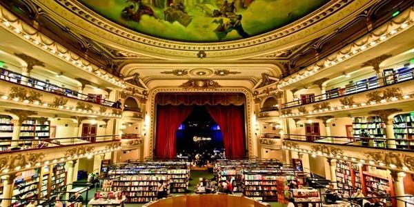 Ateneul Grand Splendid: o frumoasă librărie într-un fost teatru
