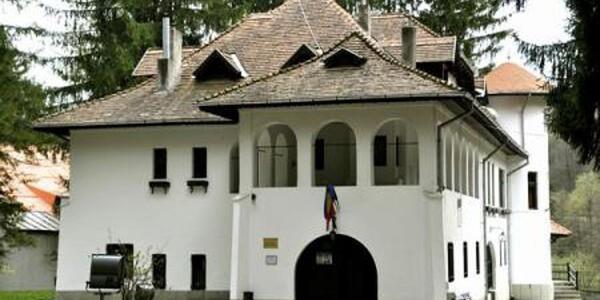 Vila Luminiş de la Sinaia, locul unde Enescu a compus o parte din opera Oedip