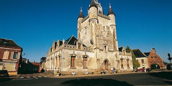 Turnurile cu clopote din Franţa şi Belgia