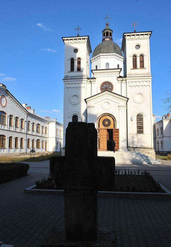 Manastirea Bistrita-valcea-02