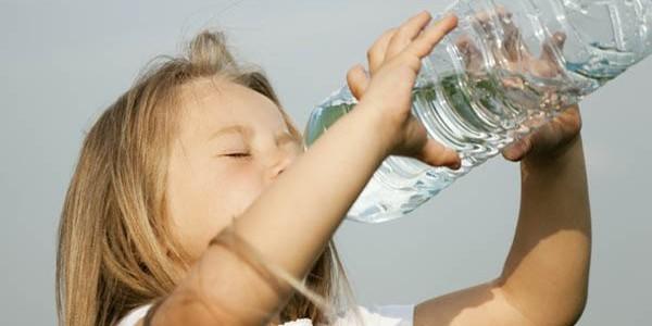 Hidratarea cu ape minerale naturale