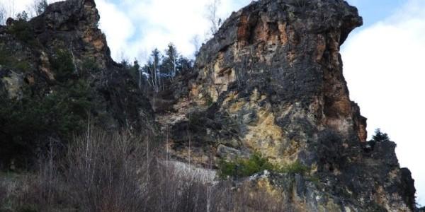 Piatra Corbului (Roşia Montană)
