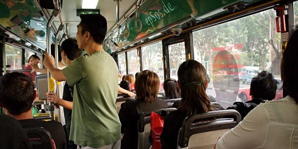 Cum ne comportăm în autobuz
