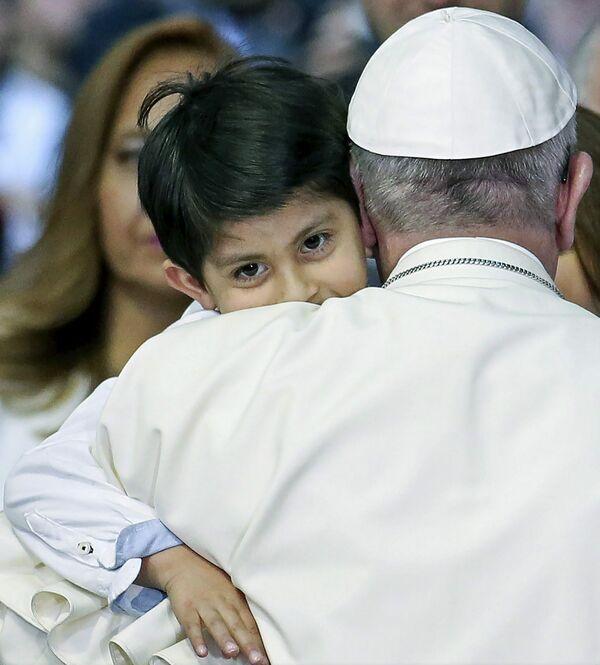 Papa-Francisc-02