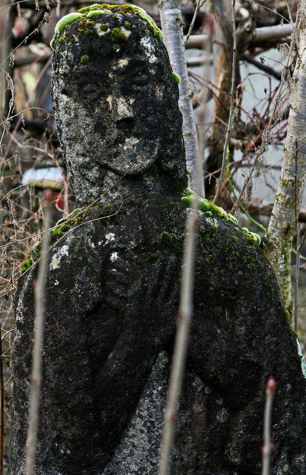 statuie-Fecioara-Maria-01