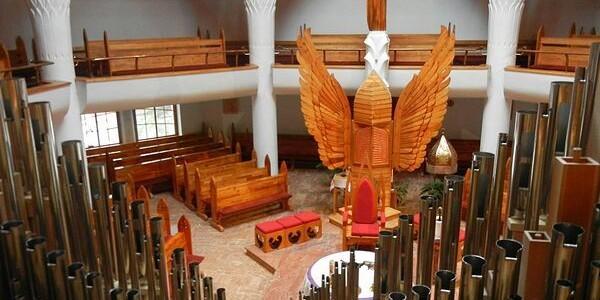 """Orgă tradiţională pentru """"Biserica cu îngeri"""""""