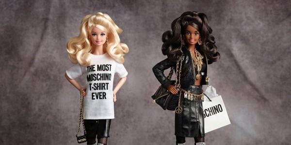 Expoziţie dedicată păpuşii Barbie