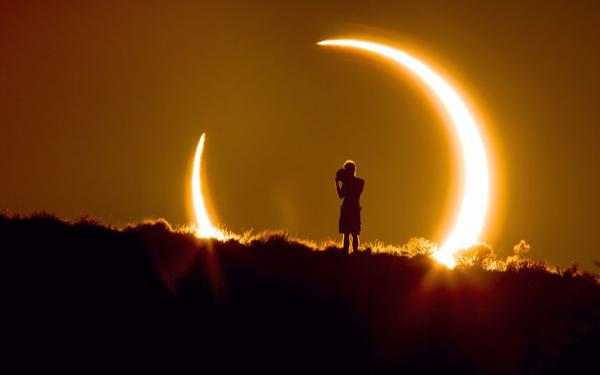 Imagini pentru eclipsa