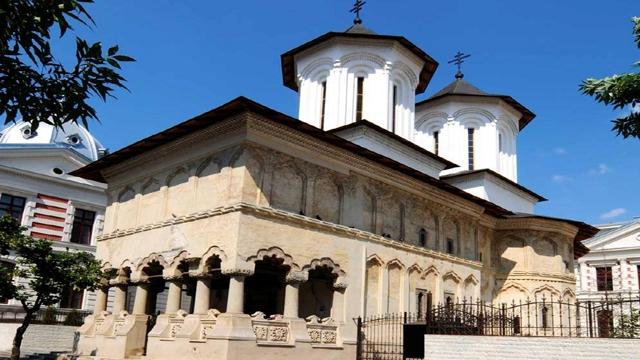 Biserica-Coltea-05