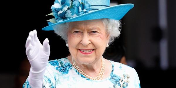 Regina Elisabeta a II-a: copilăria şi anii dinaintea încoronării