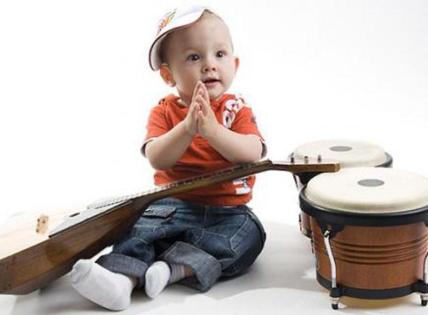 bebelus-muzica